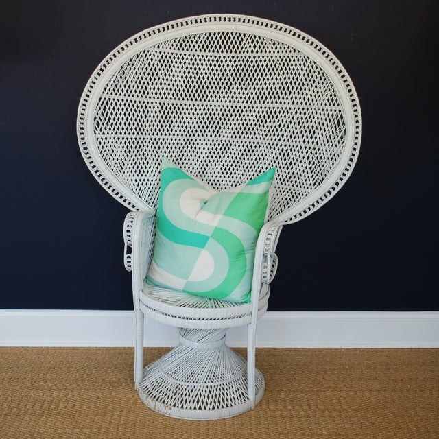 Vintage Mid-Century White Peacock Chair - Image 3 of 4