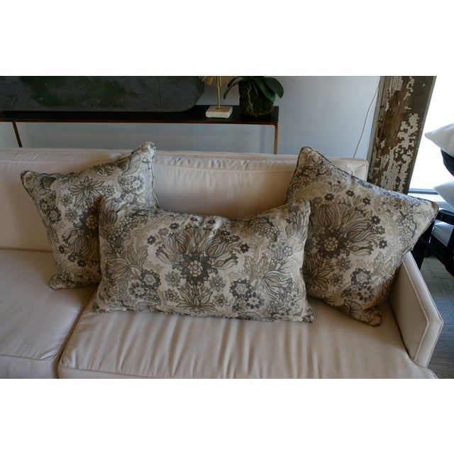 Lee Jofa Grey/Bisque Tetbury Pillow Cover - Image 5 of 6