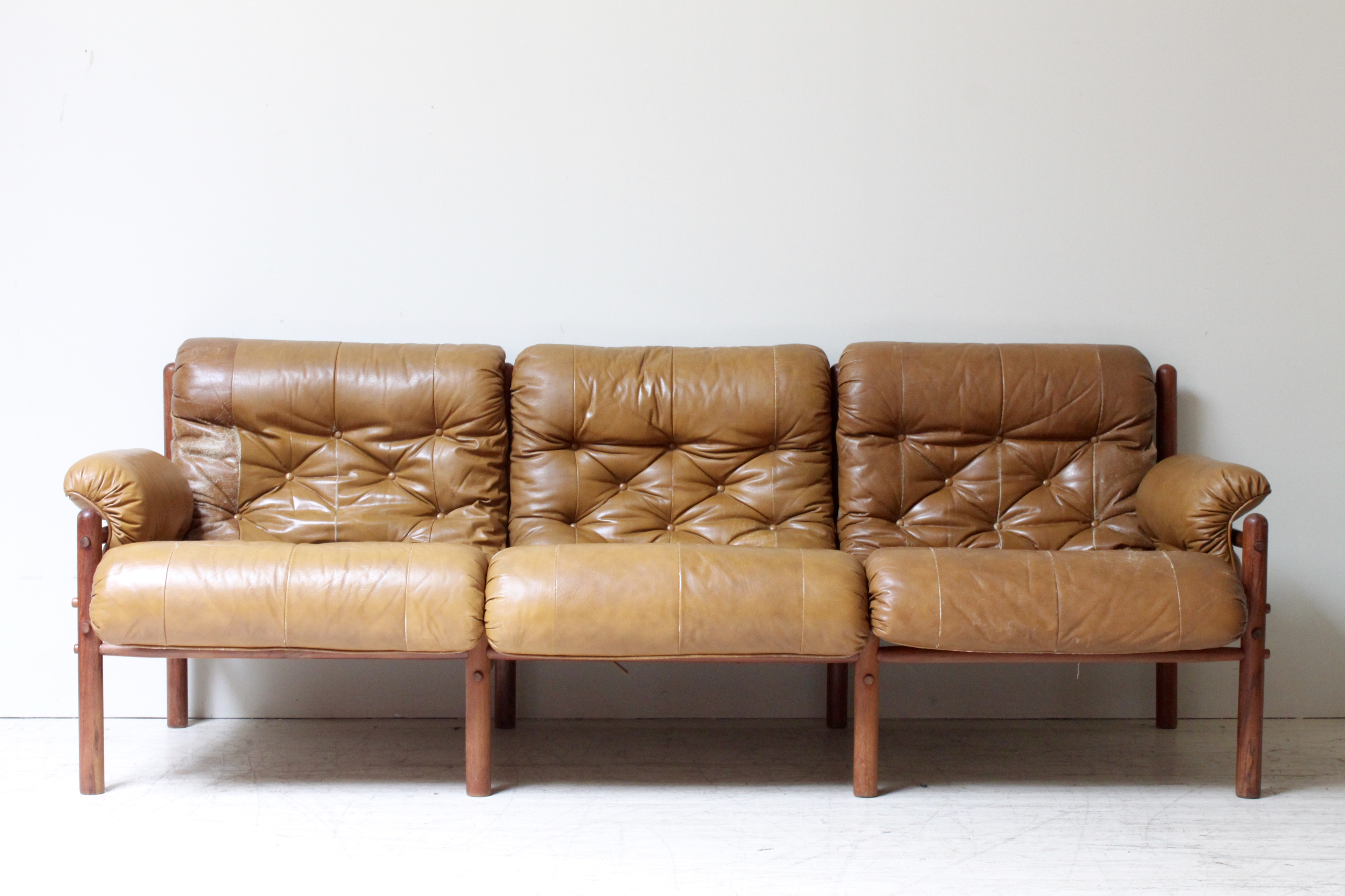 arne norell midcentury leather sofa image 2 of 7