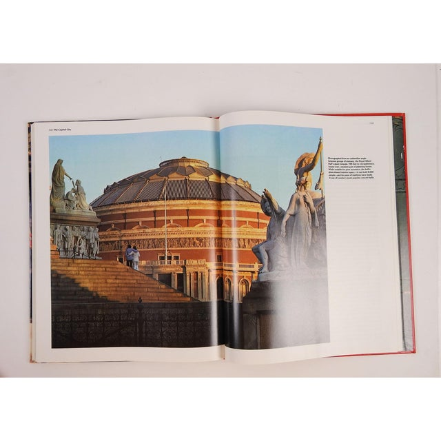 'London: The Great Cities' Book - Image 7 of 11
