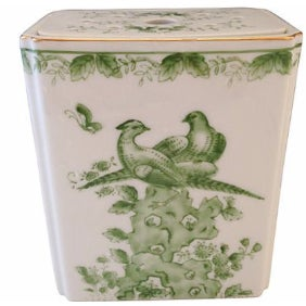 Green Chinoiserie Bird Vase with Lid
