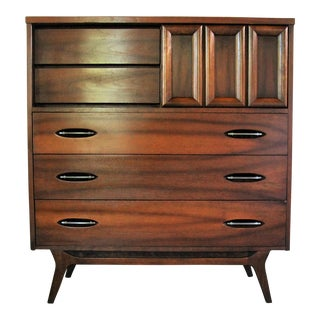 Hooker Furniture Mid-Century Walnut Highboy Dresser