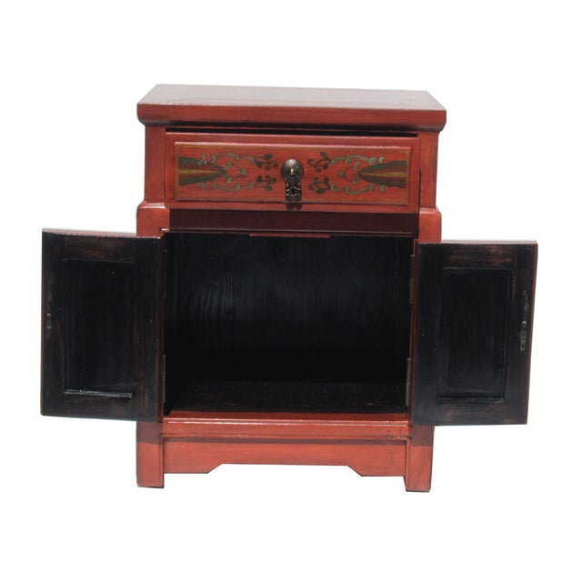 Image of Chinese Orange End Table W/Flower Vase Graphic