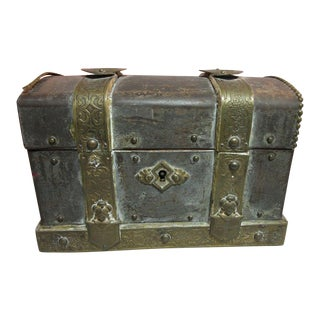 "Antique Chest Box ""Au Bapteme De Mon Bebe F. Nollet Confiseur"" Paris, France"
