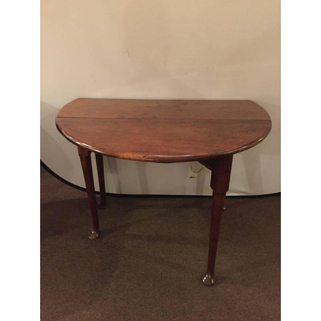 19th century queen anne style polished drop side table for Table th width