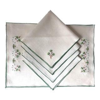 Vintage Linen Embroidered Placemats /Napkins