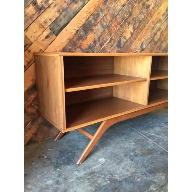 Mid-Century Console Table - Image 3 of 4
