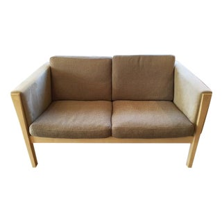 Carl Hansen Hans Wegner Ch162 Sofa