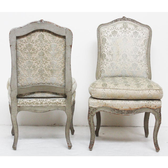 Pair of Period Louis XV Slipper Chairs in Cut-Velvet Damask Upholstery - Image 7 of 7