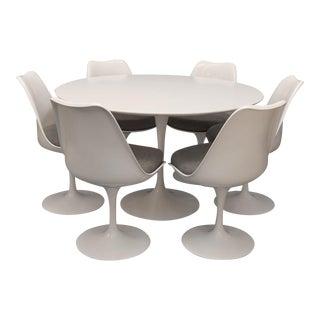 Knoll Saarinen Dining Set