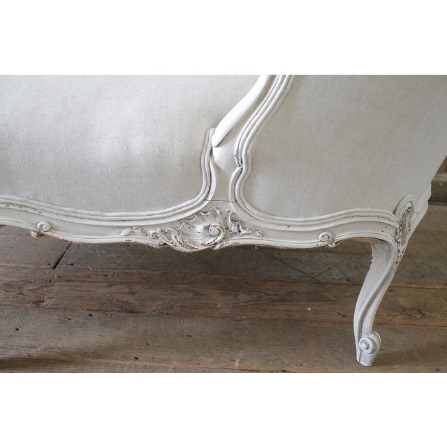 19th Century Carved and Painted Walnut Chaise Longue in Belgian Linen - Image 4 of 6