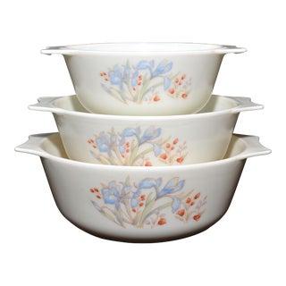 Pyrex England Iris Nesting Bowls - Set of 3