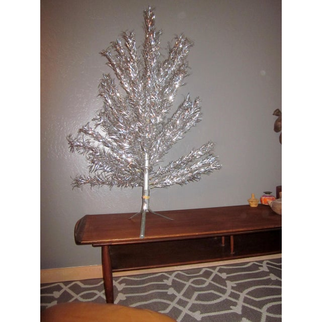 Aluminum Christmas Tree With Box Sleeves - 4' - Image 3 of 8