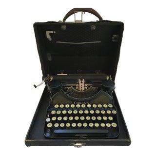 Corona 4 Portable Typewriter With Case