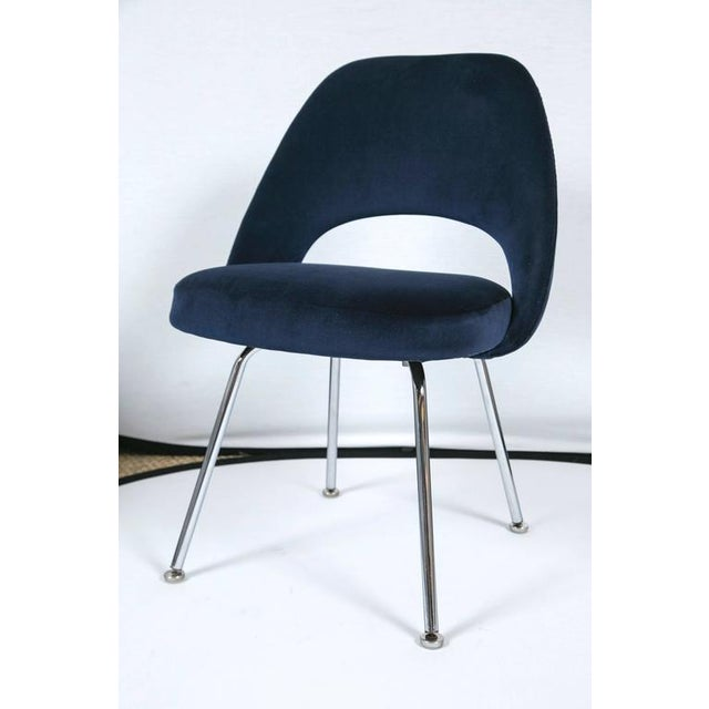 Saarinen Executive Armless Chairs in Navy Velvet, Set of Six - Image 3 of 7