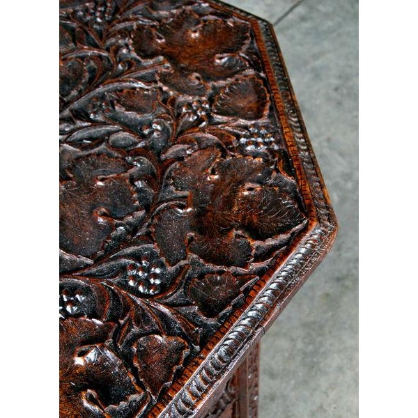 A Large-Scaled Anglo Indian Rosewood Ocatonal Traveling Table - Image 3 of 4