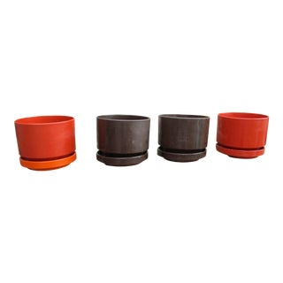 Orange & Brown Mid-Century Ingrid Ltd. Plastic Planters - S/4