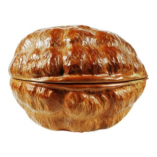 "Guglielmo Pecorini Hand-Carved ""Walnut"" Covered Box"