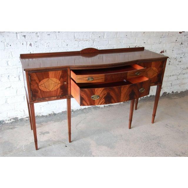 Limbert Hepplewhite Style Inlaid Flame Mahogany Sideboard Buffet, Circa 1930s - Image 8 of 11