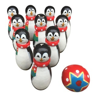 Vintage Christmas Wooden Penguin Bowling Game Set (10 Pins & 1 Ball)