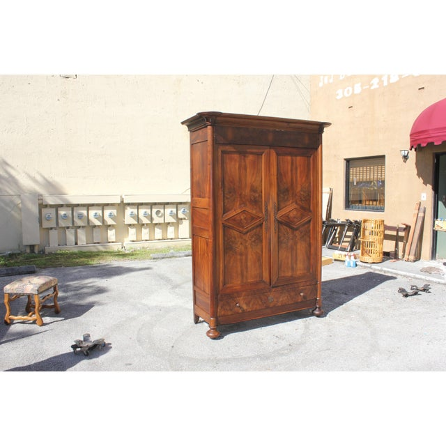 19th Century French Louis Philippe Walnut Period Chateau Armoire circa 1850s - Image 5 of 11