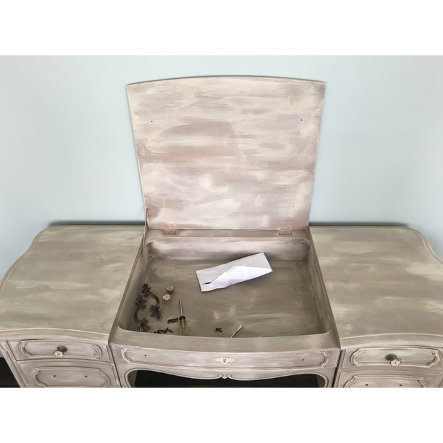 Distressed French Vanity Table - Image 5 of 5