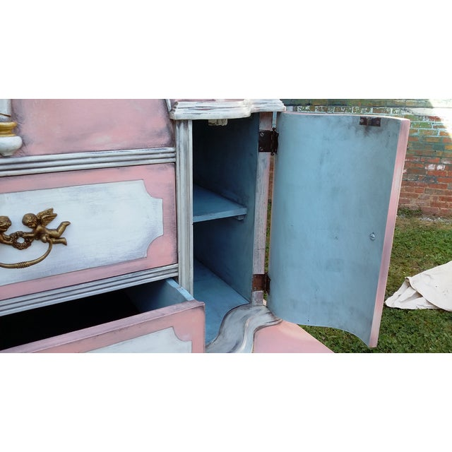 Antiqued Pink & Gold French-Style Dresser - Image 9 of 11