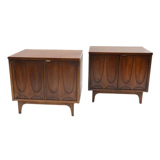Pair Mid-Century Broyhill Brasilia Night Stands