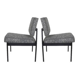 Pair of Mid-Century Modern Easy Chairs in the Style of Florence Knoll