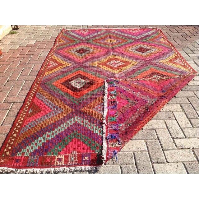 Vintage Turkish Kilim Rug - 5′11″ × 9′8″ - Image 8 of 8