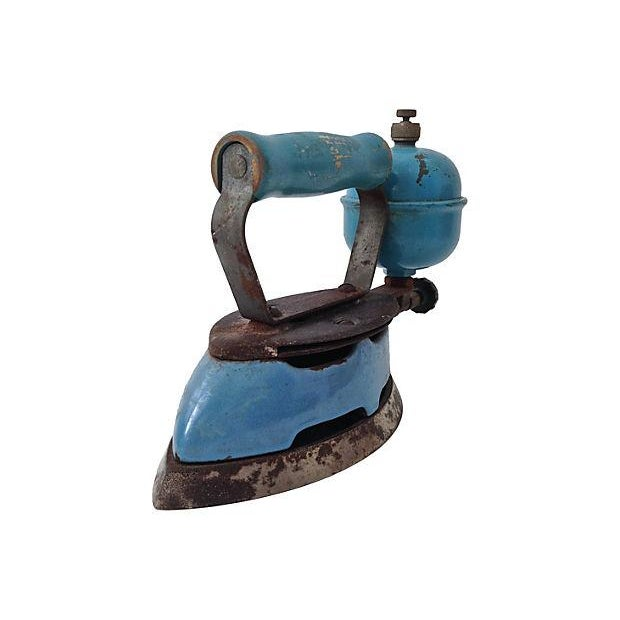Image of 1930s Coleman Blue Gas Iron