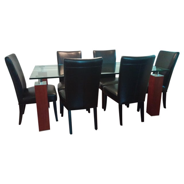 Modern Glass Dining Table From Bova - Image 1 of 8