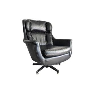 Mid Century Overman Style Lounge Chair
