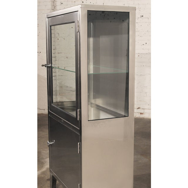 Stainless Steel Lit Medical Cabinet - Image 7 of 9