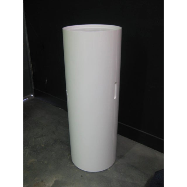 White Lacquer Cylindrical Folding Bar - Image 6 of 10