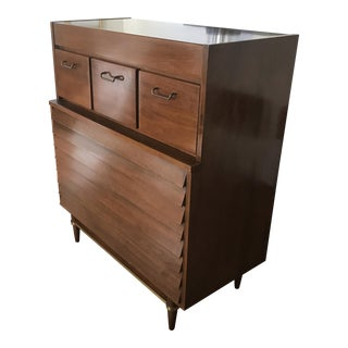 American of Martinsville Modernist Chest of Drawers