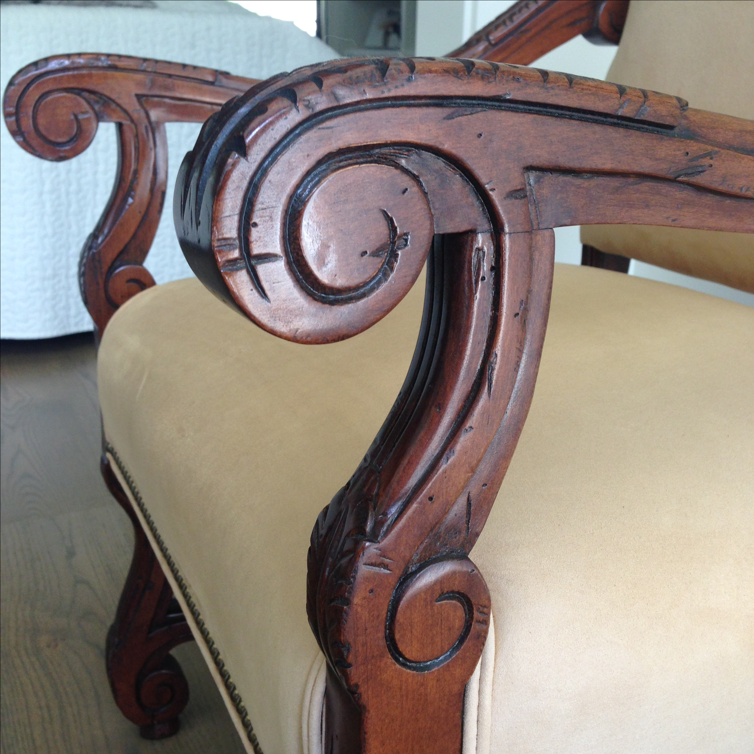 Fremarc Carved Provence Dining Chairs   Set Of 6   Image 5 Of 9