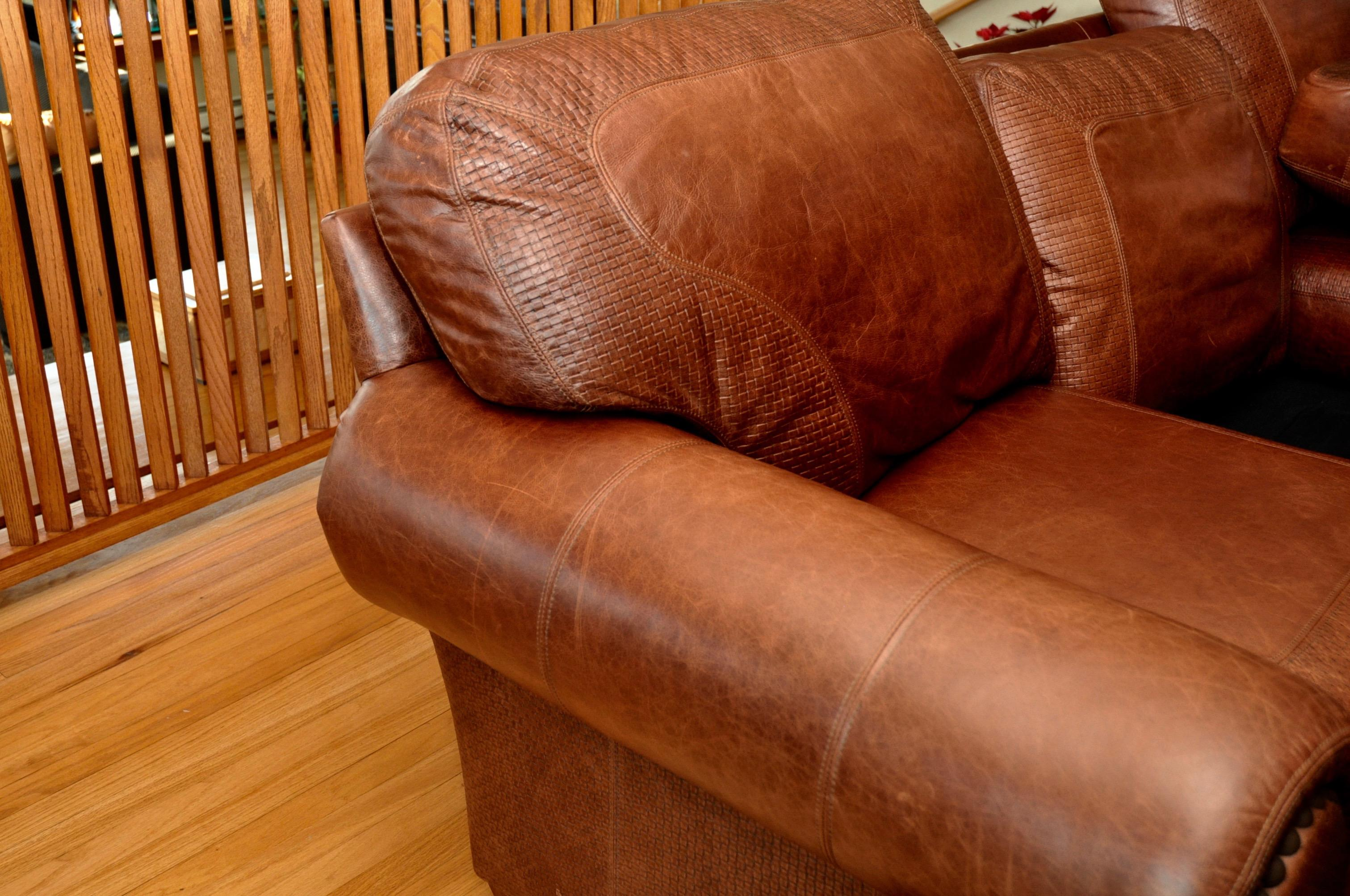 Stickley Cibola Internationale Santa Fe Style Leather Sofa   Image 7 Of 9
