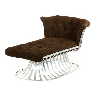 Circa 1960 Russell Woodard Mid-Century Aluminum Chaise Lounge