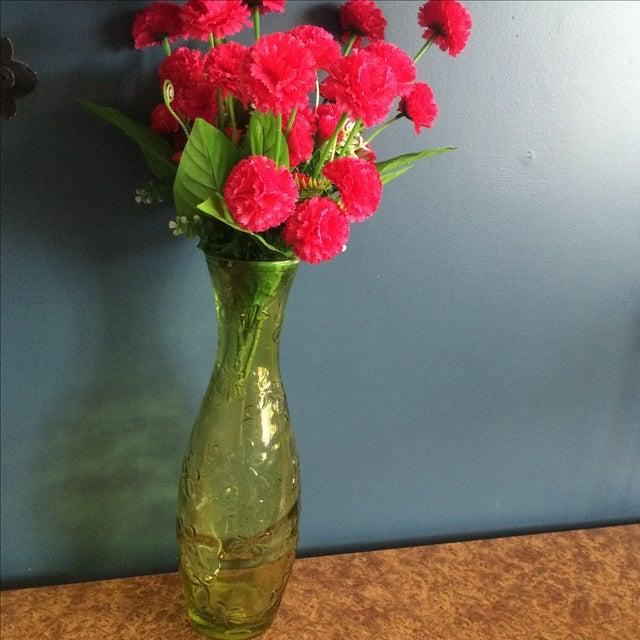 Green Glass Flower Vase - Image 6 of 10