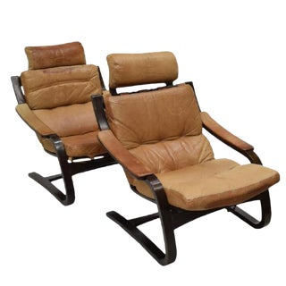 Mid-Century Modern Leather Lounge Chairs - A Pair