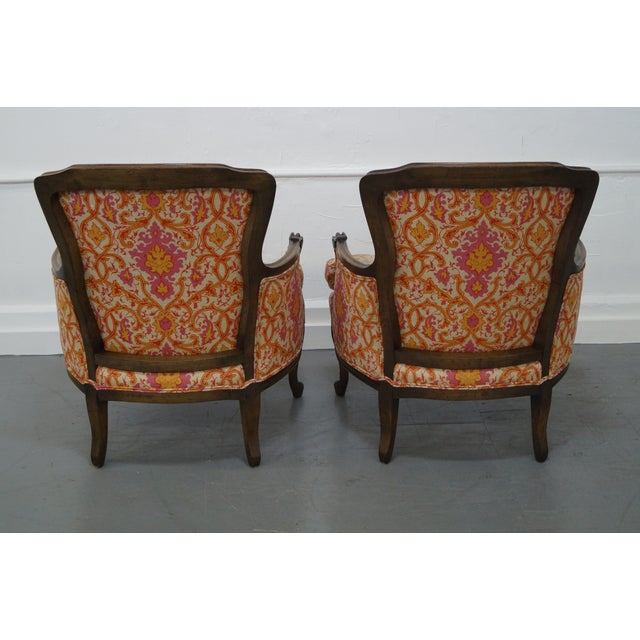French Louis XV Vintage Red Bergere Chairs - Pair - Image 4 of 10