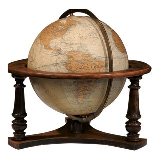 20th Century French Globe on Walnut Base From Girard Barrere Et Thomas, Paris