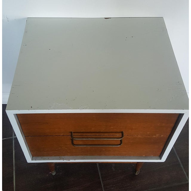 Jens Risom Attributed Mid-Century Nightstand - Image 3 of 3