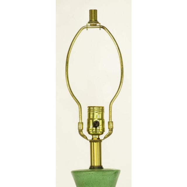 Large Green Pottery Urn Form Table Lamp With Custom Shade - Image 3 of 6