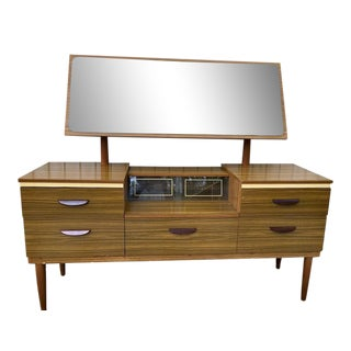 Vintage Uk Vanity Table/Dresser