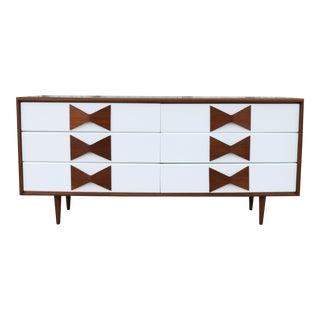 Walnut Kroehler Mid Century Dresser w/ Bow Tie Handles