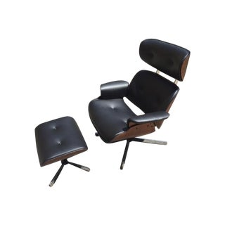 Fully Restored Plycraft Eames Lounge With Ottoman