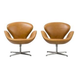 Set of Swan Chairs