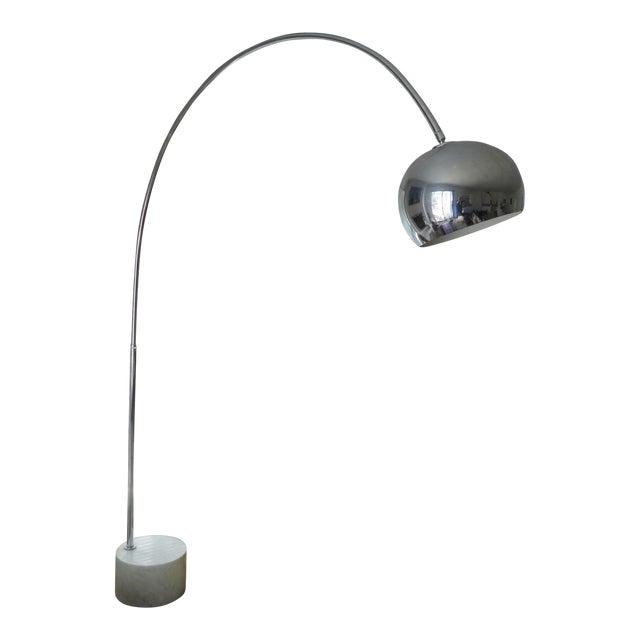 1970s vintage mid century modern chrome marble floor arc lamp chairish. Black Bedroom Furniture Sets. Home Design Ideas